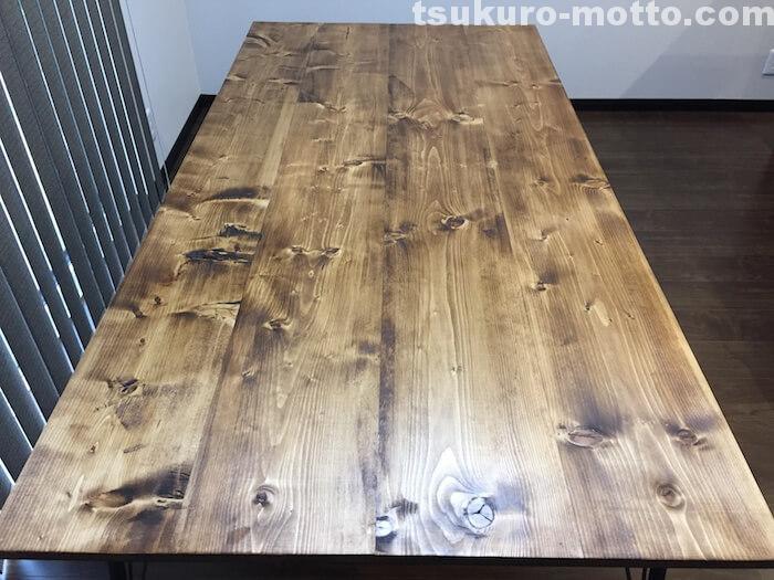 カフェ風ダイニングテーブルDIY 完成ショット2