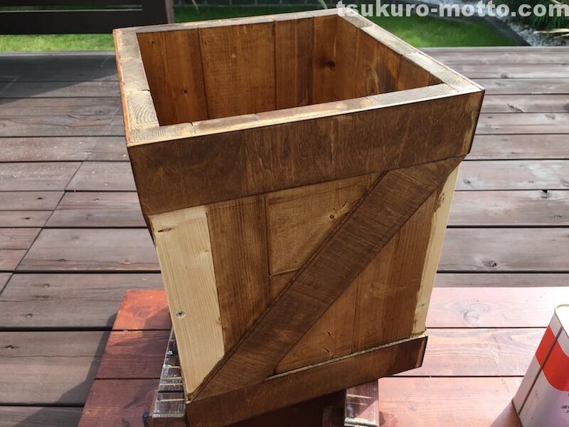 ゴミ箱DIY 塗装3