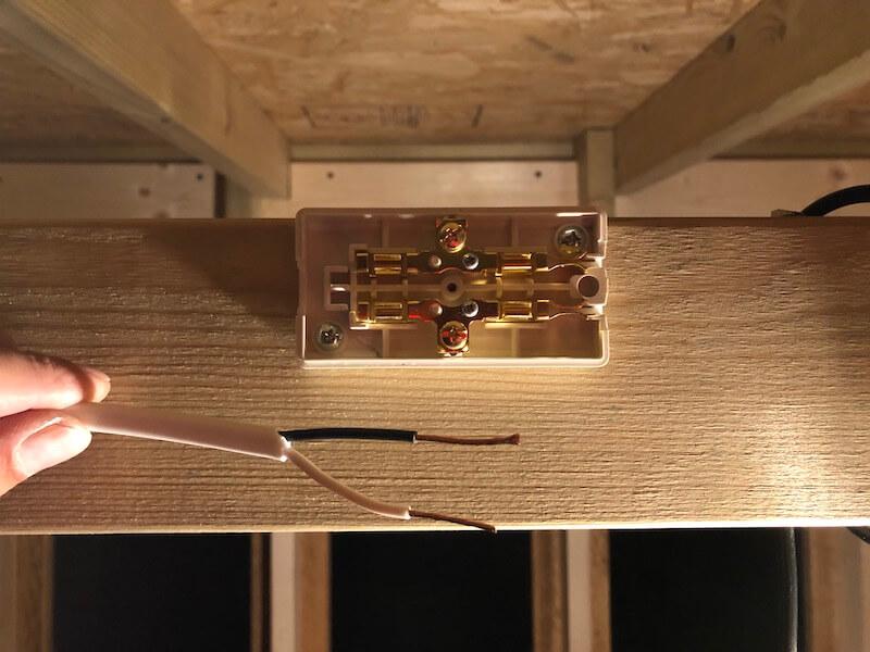 DIY工房を製作! 電気配線5