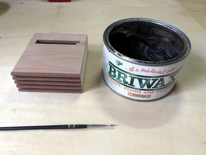家具調iPhoneskeaker 塗装