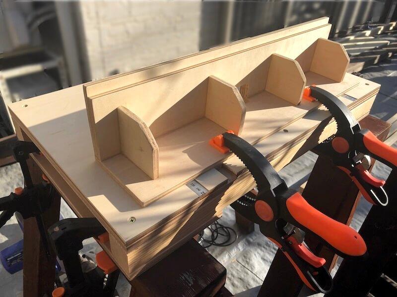 DIYガレージ ガラス窓製作 トリマーテーブル3