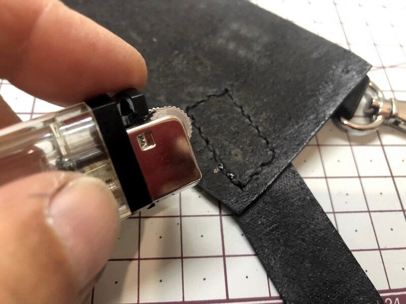 ナタ用革シースハンドメイド パーツ縫い付け14