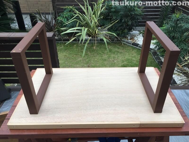 マニッシュ端材テーブルDIY 脚取付2