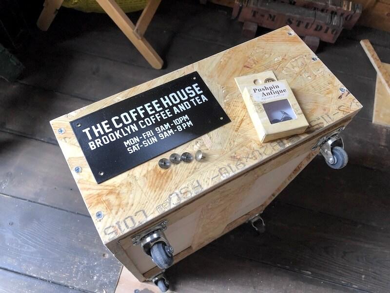 木箱キャスター取り付け アクセント板