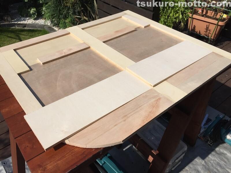 トランク中敷棚DIY 補強材の追加