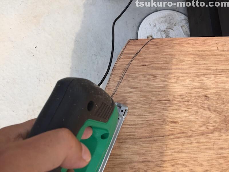 トランク中敷棚DIY ジグソー大まかカット